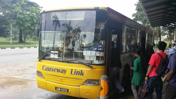 johor-bahru-singapore-bus-14